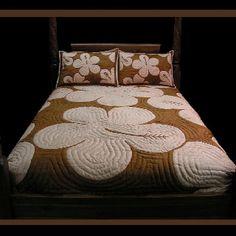 Hawaiian quilt  Ooolala love it modern hawaiian quilt!