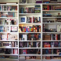 Ah, as estantes de livros… | 24 estantes que vão provocar arrepios em qualquer amante de livros