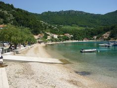 A travel guide to Croatia's Peljesac Peninsula, a stunning landscape which is one hour's drive north of Dubrovnik. Tips include where to stay, what to do and how to get there. Croatia Itinerary, Croatia Travel Guide, Travel Guides, Travel Tips, Dubrovnik, Things To Do, River, Landscape, Beach