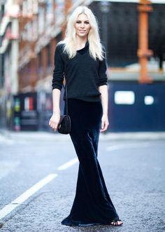 Aline doing all black. #AlineWeber