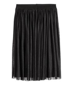 Black. Calf-length, pleated and gently flared skirt in mesh with an elasticized waistband. Jersey lining.