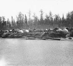 Athapascan [Salishan?] village on the Yukon River, Alaska, ca. 1907
