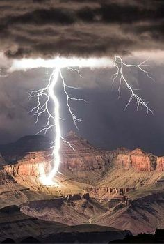Stunning Grand Canyon Lightning Strikes