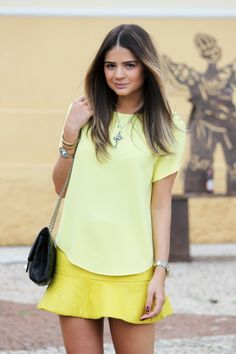 Thassia Naves - yellow