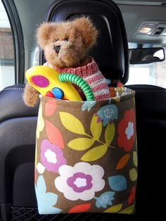 """""""Trunk for the Junk"""", features a tote that tidies up your car and leaves it junk free! It's a known fact that kids can have a destabilizing effect on a car. Baby Sewing Projects, Sewing For Kids, Projects For Kids, Craft Projects, Craft Ideas, Sewing Tutorials, Diy Crafts To Do, Crafts For Kids, Sewing Toys"""