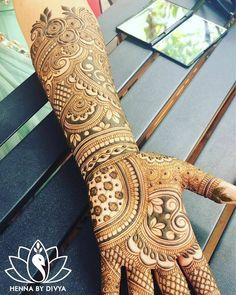 amazinggg bridal arms ✨ // by . Full Mehndi Designs, Indian Mehndi Designs, Mehndi Designs For Girls, Mehndi Design Pictures, Wedding Mehndi Designs, Mehndi Images, Mehndi Desighn, Beautiful Mehndi Design, Henna Patterns