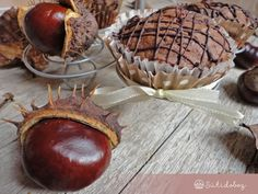 Gesztenyés muffin meggyel | Sütidoboz.hu Muffin, Dessert Recipes, Desserts, Pisa, Camembert Cheese, Coconut, Fruit, Food, Tailgate Desserts