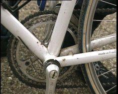 Een tandwiel brengt beweging over. Myléne laat zien welke tandwielen er op een fiets zitten en hoe ze gebruikt worden.