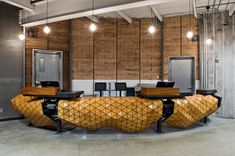 WoodSkin aims to bridge the gap between virtual design and real construction Reception Desk Design, Hotel Reception, Bureau Design, Flexible Plywood, Origami Furniture, Bench Decor, Furniture Assembly, Design Competitions, Wood Surface