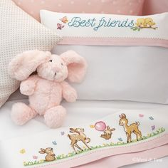 1 million+ Stunning Free Images to Use Anywhere Baby Embroidery, Cross Stitch Embroidery, Cross Stitch Patterns, Baby Elefante, Minnie Baby, Free To Use Images, Baby Bedding Sets, Cross Stitch Baby, Baby Bibs