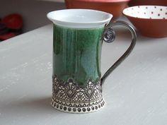 Mug en céramique, tasse de thé, Handbuilding, céramique et poterie, tasse en céramique, tasse à thé, tasse à café, tasse à café, mug vert, tasse à la main, chope Unique
