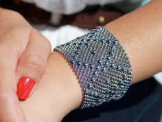 Liquid Metal - Mesh Cuff Bracelet by Sergio Gutierrez My goodness this is just LOVELY!!!!!!!