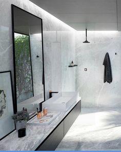 C Bathroom Inspo, Bathroom Inspiration, Interior Inspiration, Scandinavian Design, Basin, Home Projects, Luxury Homes, New Homes, Mirror