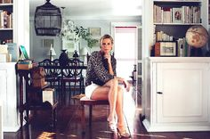 India Hicks has the most amazing sense of style. I love her way of decorating using beautiful island style items and elegant furniture.