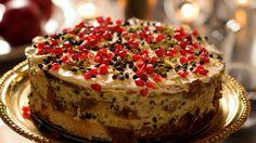 Bolo de Natal da Nigella é feito com panetone e gotinhas de chocolate - Receitas - GNT