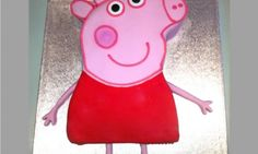This Peppa Pig birthday cake is easier than it looks. Here are a few simple cake decorating tips and tricks so you can create this Peppa Pig cake all by yourself. Genius!