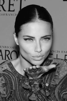 Adriana Lima. Celebrities. Model.