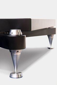PILLARTECH AUDIO amplifier stand