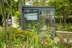 Brothers Harry and David Rich designed The Cloudy Bay Garden in Association with Vital Earth this year. Harry Rich (27) David Rich (24), are the youngest ever duo to create a Show Garden at Chelsea – a sign of the increasing presence of young talent at the show. Working with Cloudy Bay,...