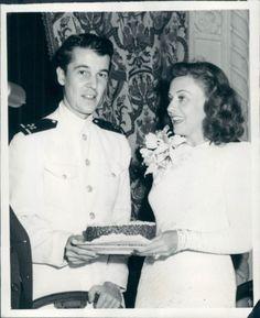 1942 Alfred Gwynne Vanderbilt Press Photo