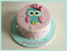 Cute owl cake for baby girl baptism or baby show. Cute owl cake for baby baptism or baby show. Owl Cakes, Cupcake Cakes, Ladybug Cakes, Fruit Cakes, Bolo Laura, Owl Cake Birthday, Baby Birthday, Birthday Ideas, Pretty Cakes