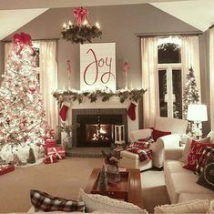 31 Beautiful Christmas Living Room Decor Ideas You Should Copy Now - Use Christmas craft ideas to make your living room looks sensational this year. Usually the living room is where the Christmas tree is placed and so i. Christmas Living Rooms, Christmas Room, Christmas Mantels, Noel Christmas, Rustic Christmas, Christmas Ideas, Xmas, Coffee Table Christmas Decor, Christmas Images