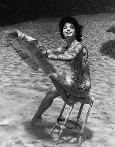 Vintage Underwater Pinups photos by Bruce Mozert / posted by ianbrooks.me