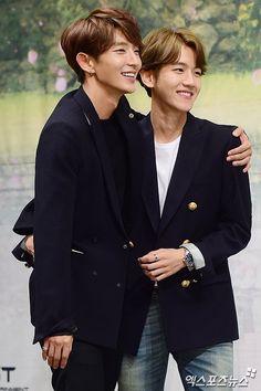 Moon lovers, principes Wang So y Eun (Lee Joon Gi y Byun Baek Hyun ) Chanbaek, Asian Actors, Korean Actors, Asian Celebrities, K Pop, Moon Lovers Scarlet Heart Ryeo, Lee Joong Ki, Kdrama, Hong Jong Hyun