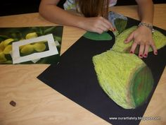 O'keeffe, nice way to teach use of the viewfinder