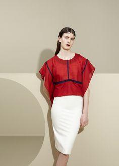 Elsien Gringhuis  'Maximize the minimum' is the briefest way to describe Elsien Gringhuis' fashion.