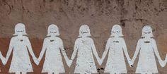 Feminist bir kara mizah: Dilaltı:http://www.kulturmafyasi.com/feminist-bir-kara-mizah-dilalti/