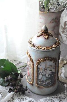 Diy Bottle, Wine Bottle Crafts, Bottle Art, Decoupage Jars, Iron Orchid Designs, Newspaper Crafts, Altered Bottles, Wedding Boxes, Bottles And Jars
