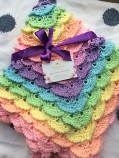 Fluffy meringue baby blanket Afghans, Meringue, Heavenly, Baby Items, Stitches, Crochet Necklace, Blanket, Sewing, Jewelry
