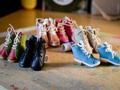 Мастер-класс: изготовление обуви для куколок - Надя Дорошенко (ynarina) - Ярмарка Мастеров http://www.livemaster.ru/topic/1991879-master-klass-izgotovlenie-obuvi-dlya-kukolok