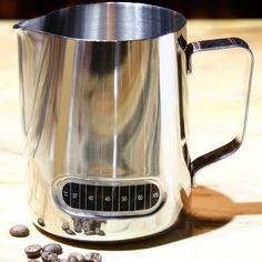 Питчер молочник для кофе 600 мл. с термометром наклейкой, нержавеющая сталь