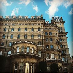 5s for 5 years today at this little palace @langham_london ....more than just a job...thanks to my lovely global Langham family...you know who you are  #hotellife #hotelinsta #entertainmentsales #luxurylife #hotels #hotelsinlondon by bjorn.thisway