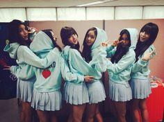 Gfriend G Friend, My Wife Is, Red Carpet Fashion, South Korean Girls, Kpop Girls, Girl Group, Cool Girl, Girlfriends, Celebrity Style