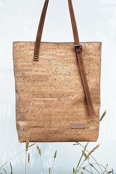 Cork Bag by Pickpocket - Allium Model - handmade Cork & Leather Bag - order at : http://pickpocketbags.net
