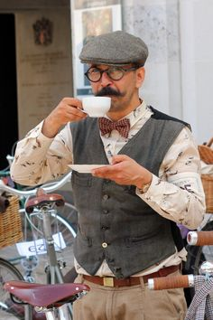 Bohemian Men, Tweed Ride, Flat Cap, Vintage Men, Vintage Fashion, Vintage Levis, 1940s Fashion, Stylish Men, Men Casual