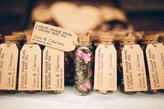 Best DIY wedding details of 2015 / Loose leaf tea wedding favours - Cheap Wedding Dresses Tea Favors, Homemade Wedding Favors, Creative Wedding Favors, Inexpensive Wedding Favors, Wedding Gifts For Guests, Wedding Favors For Guests, Wedding Favours Tea, Guest Present Wedding, Diy Favours