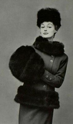 1955-56 - Chanel winter suit