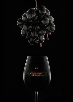 Nadire Atas Images of Wine commercial_photography_paul_christey_brisbane_beverage_red_wine_grapes_low-res Glass Photography, Creative Photography, Product Photography Lighting, Backlight Photography, Photography Ideas, Summer Photography, Inspiring Photography, Photography Tutorials, Beauty Photography