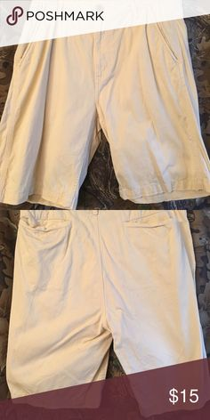 Men's stone colored shorts Like new men's stone colored shorts, worn a few times golfing. nautica jeans co Shorts Flat Front