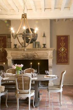 Rustic French Farmhouse Dining Room www.KrisLindahl.com