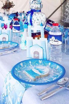 Take a look at this wonderful Winter Wonderland birthday party! The table settings are gorgeous! See more party ideas and share yours at CatchMyParty.com #catchmyparty #partyideas #winterwonderland #winterparty #girlbirthdayparty #wintertablesettings Place Settings, Table Settings, Winter Wonderland Birthday, Winter Parties, The Balloon, For Your Party, Childrens Party, Photo Galleries, Place Cards