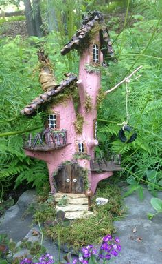 little pink houses! little pink houses! – Lyrae Duff Holmes little pink houses! little pink houses! little pink houses! little pink houses! Fairy Tree Houses, Fairy Garden Houses, Gnome Garden, Garden Art, Garden Design, Fairy Gardening, Magical Tree, Gnome House, Pink Houses