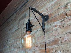 Industrielle Wandlampe Anhänger Edison von newwineoldbottles