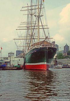 Rickmer Rickmers Schiff in #Hamburg harbour