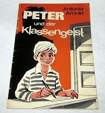 PETER und der Klassengeist - Antonia Arnold