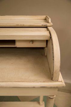 Escritorio de madera restaurado by BERKANA Shop